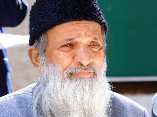 """Six life lessons from Pakistan's """"Angel of mercy,"""" Abdul Sattar Edhi"""