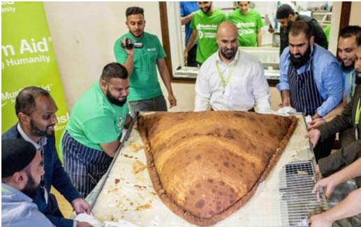 East London Mosque breaks record for world's biggest samosa