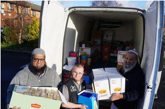Mosques and Muslim groups donate an amazing 4869kg to foodbank